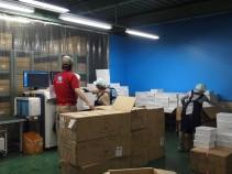 川口営業所の物流管理スタッフ作業風景