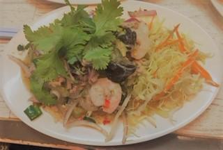 ソムタム タイの春雨サラダです