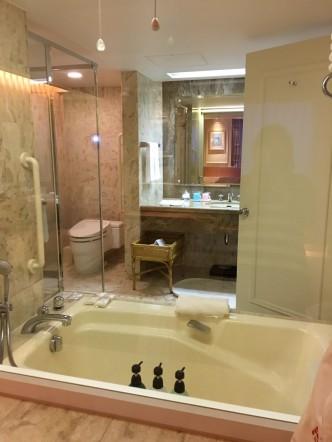 ホテルのお風呂の写真