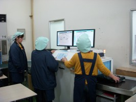 X線検査機の特徴と機能1